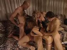 Orgy w double drill and cum swaping