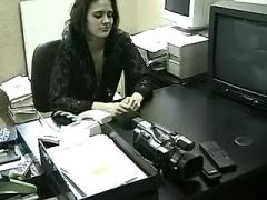 Secretaries suck hard cock of boss with camera